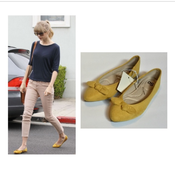 Yellow Bow Flats with pointy toe Size 6